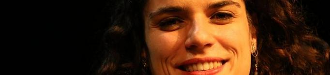 """Lara Díez: """"El més valuós que tenim és la possibilitat de relacionar-nos, pensar juntes, crear juntes i estimar-nos"""""""