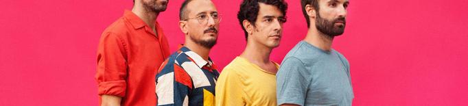 """La banda barcelonina Manel ha aconseguit el número 1 de la llista oficial de vendes (físiques i streaming) amb l'àlbum """"Per la bona gent"""""""