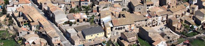 Vista aèria del poble de Claravalls. Imatge Arxiu