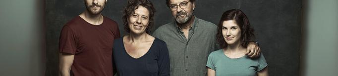 """El Teatre Ateneu de Tàrrega acull dissabte vinent l'estrena lleidatana de l'obra """"Alguns dies d'ahir"""", ambientada en els fets de l'1-O"""