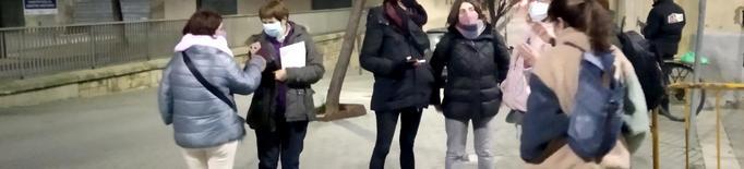 Grups de dones recorren de nit zones d'oci nocturn de Lleida per detectar elements i espais insegurs