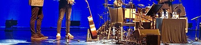 Maria del Mar Bonet i Borja Penalba fan vibrar el Teatre de Balaguer