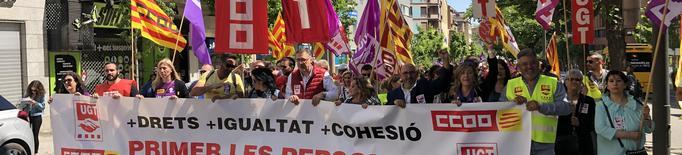 Centenars de persones surten al carrer a reivindicar els seus drets aquest Primer de Maig