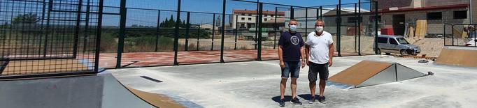 Vila-sana ja compta amb una pista de pàdel i una de 'skate'