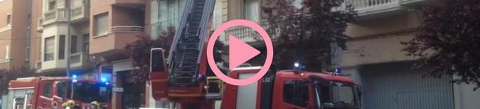 ⏯️ Es desprèn part d'una façana al carrer Príncep de Viana de Lleida