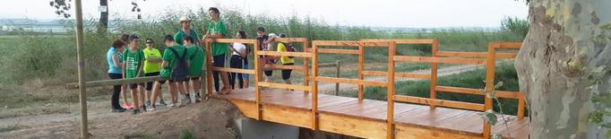 Quinze joves d'un camp de treball realitzen tasques per tota Linyola