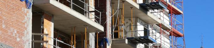 La compravenda d'habitatges es dispara al març a Catalunya