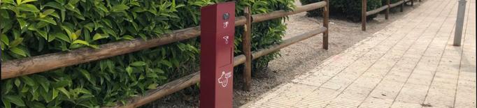 Benavent de Segrià instal·la papereres per recollir els excrements dels gossos