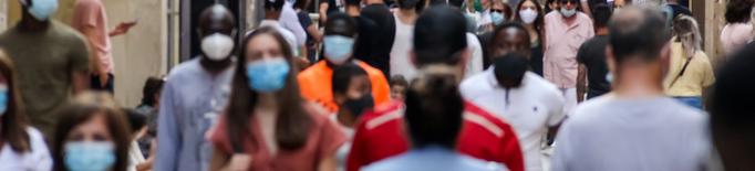 Sanitat estudia eliminar la mascareta en espais oberts al juliol