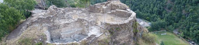 Avança l'excavació del Castell de Tavascan