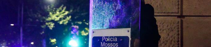 Nova nit d'aldarulls a la Seu amb enfrontaments entre Mossos i participants a un botellot