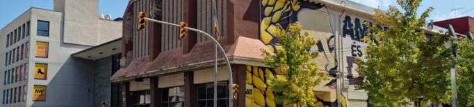 Tres empreses opten a millorar la façana del Cafè L'Amistat de Mollerussa