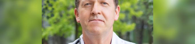 Un metge de l'Arnau de Vilanova, tercer expert mundial en pleura