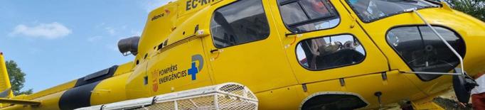 Els Pompièrs d'Aran fan 30 rescats amb l'helicòpter durant l'estiu