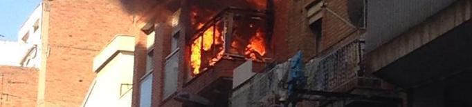 Tres ferits en un incendi al carrer Alfred Perenya de Lleida