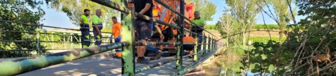 Torna l'aigua potable als 25 pobles afectats per l'abocament d'hidrocarburs al canal de Seròs