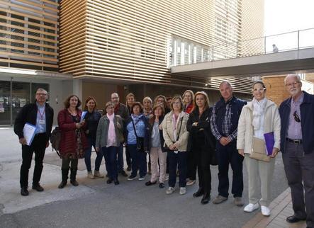 Vint donants de Lleida a La Marató visiten l'IRB
