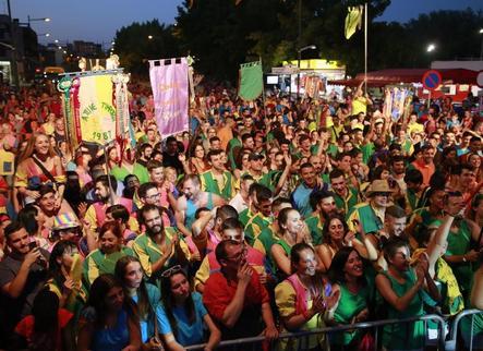 Pardinyes veu excessius 700 euros en taxes per a les festes