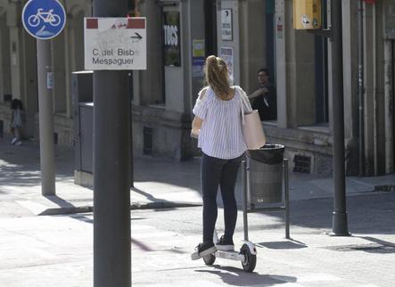 Lleida estrenarà aquest estiu servei públic de lloguer de patinets elèctrics