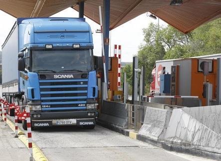 Les Borges exigeix desdoblar l'N-240 ja i la desviació gratuïta per als camions