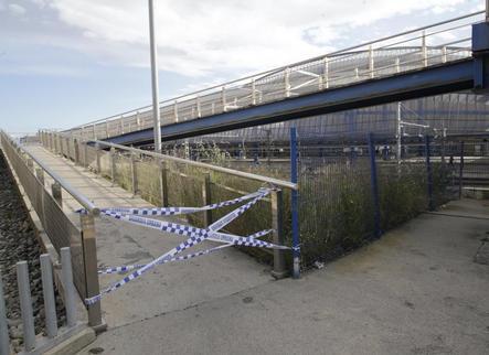Renovaran la rampa de la passarel·la de l'estació