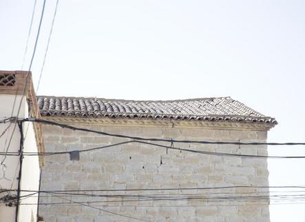 Veïns d'Almacelles apadrinen 411 teules per reparar l'església local