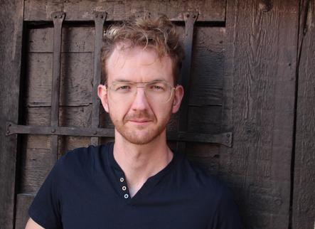 Jordi Villacampa, explorant i transformant a través del teatre sense etiquetes