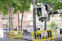 Comença la renovació de l?enllumenat del barri de Magraners