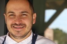 """Joel Castanyé: """"la cuina de casa córre perill; s'aprèn abans a esferificar que a fer un bon brou"""""""