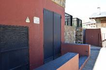 Veïns de Bellver demanen que Endesa retiri un transformador del seu edifici