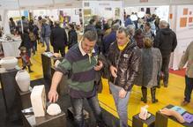 La XVIII Fira d'Artistes de Tàrrega arriba al seu equador amb molt més públic i vendes