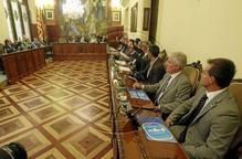 Ajuntaments i Diputació avalen de forma massiva el 9-N, i el PSC, dividit