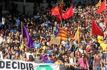 Mig miler d'estudiants es manifesten a Lleida en defensa de la consulta del 9-N