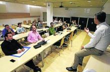 'Tutors' per ajudar a créixer quinze joves empreses