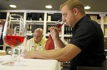 Elegeixen l'Alto Sios com el vi solidari del Rotary Club 2014