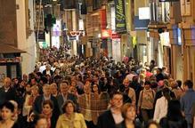 Festiu de botigues obertes amb més públic que vendes