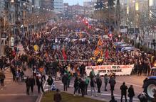 Manifestació multitudinària a Lleida contra el judici del procés
