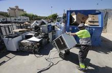 Reciclatge de trastos a l'alça