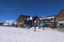 L'esquí encara la Setmana Santa amb tres metres de neu i totes les instal·lacions obertes