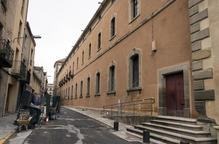 Acaba la reforma de la façana sud de la Universitat de Cervera