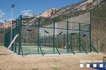 Adhesius per evitar accidents d'ocells a Vilanova de Meià