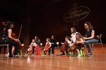 Els alumnes de l'escola Pons Roselló actuen a l'Auditori