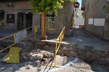 Troben un antic pou a les obres del centre de Mollerussa