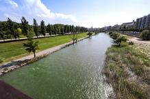 Experts i entitats exigeixen més cabal a la canalització del riu Segre i que sigui apta per al bany