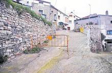 Les Oluges millora tres carrers de la zona històrica