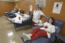 Uns cinquanta lleidatans donen sang a la campanya de 'Joc de Trons'