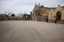 Un mural amb fulles de figuera presidirà una plaça de la Figuerosa