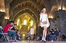 Cervera exhibeix moda al gòtic de Sant Domènec