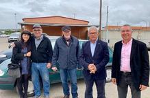 La Paeria cedeix una vintena de cotxes del dipòsit a Cuba
