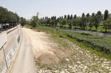 Rentat de cara i adequació del marge dret de la canalització del riu Segre